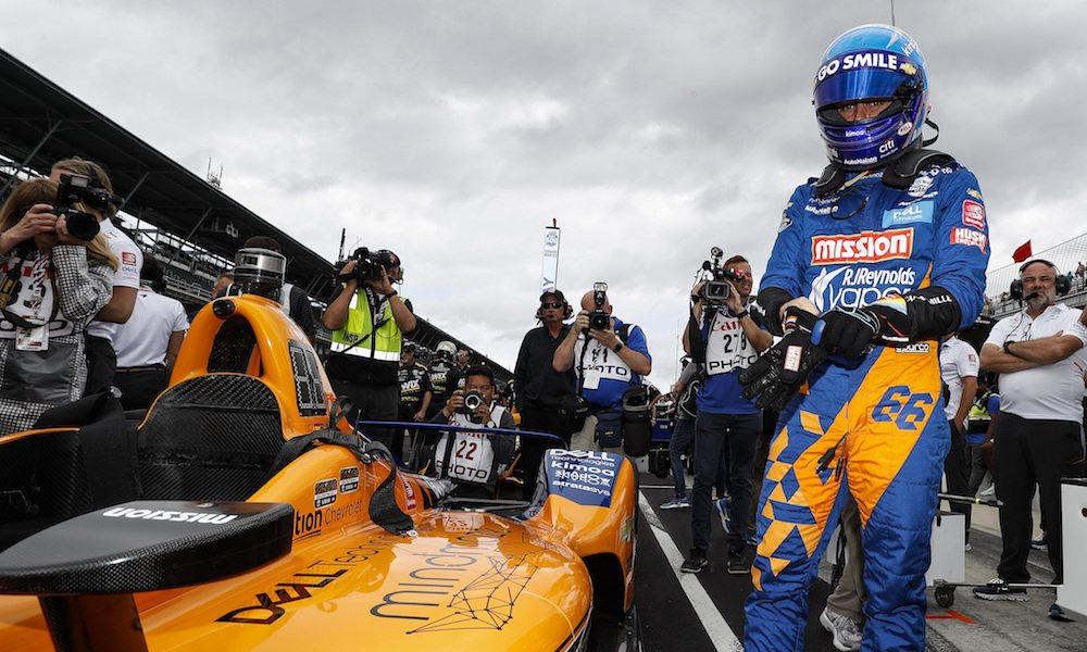 Many were asking, but #McLaren has vowed not to attempt to buy a place for @alo_oficial in the 2019 #Indy500 field after the team failed to qualify. https://bit.ly/2HrlS4n