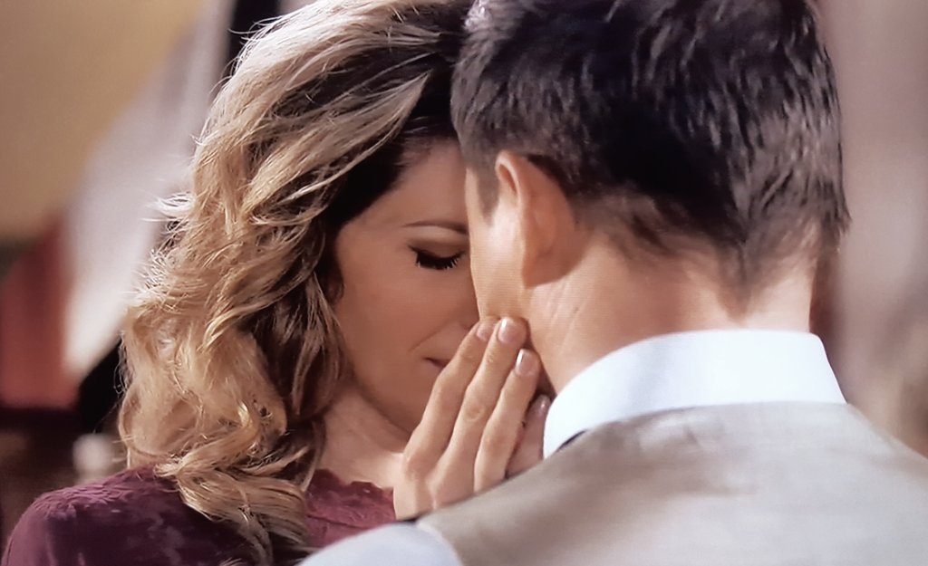 &quot;I Love You So Much...I Love You More&quot;  @HuttonPascale @KavanjSmith @erinkrakow @hallmarkchannel @SCHeartHome #Hearties<br>http://pic.twitter.com/Eu1lQx6eJA