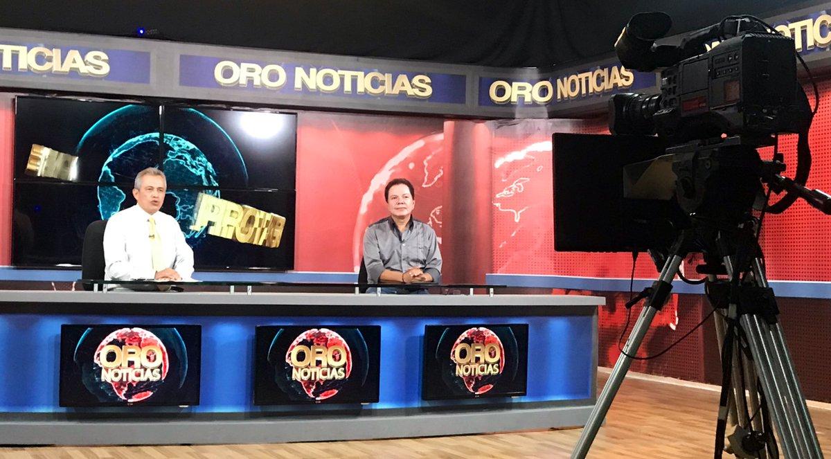 #AEstaHora En Protagonistas por el @canaltro con el periodista Carlos Julio Castellanos.
