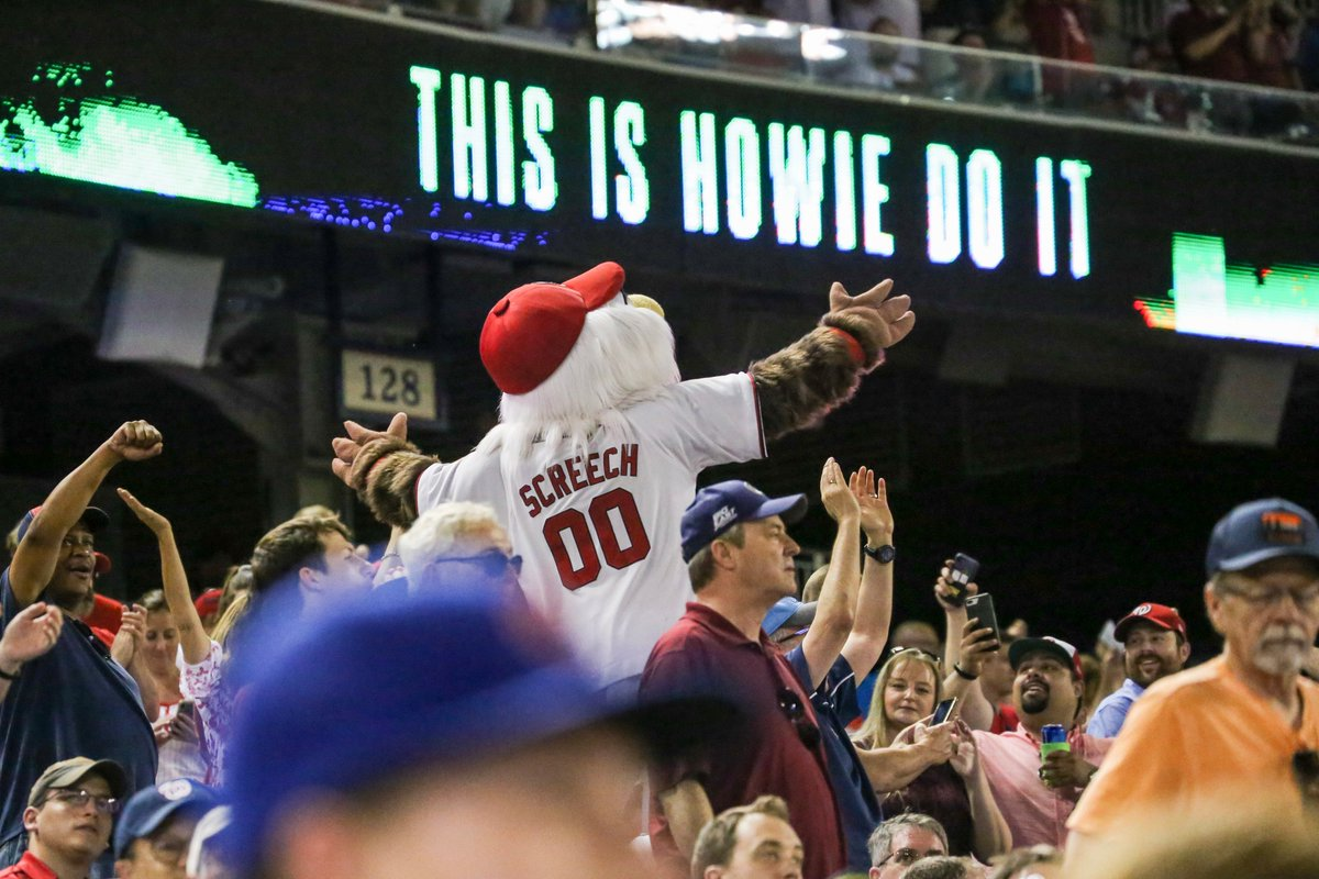 Howie Kendrick has seen 1 pitch tonight.Howie Kendrick has hit 1 HR tonight.#ThisIsHowieDoIt // #OnePursuit