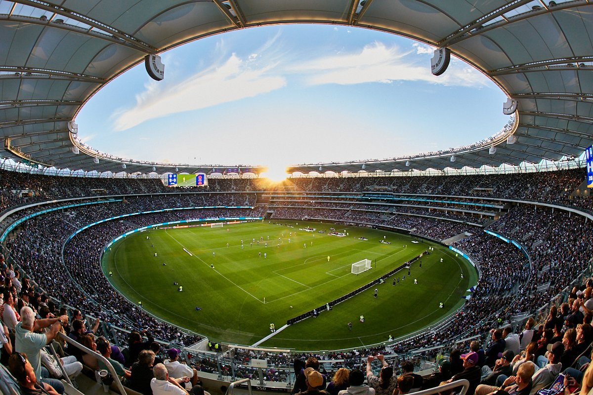 ⚽️🏟 Records were broken as 56,371 fans flocked to @OptusStadium for yesterday evening's @ALeague Grand Final between @PerthGloryFC and @SydneyFC. http://bit.ly/2JTqnWX