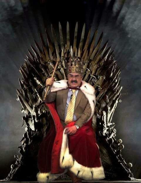 Para que se complican tanto, yo podría ser el Rey de los 6 Reinos y Protector de Reino #GameOfThrones