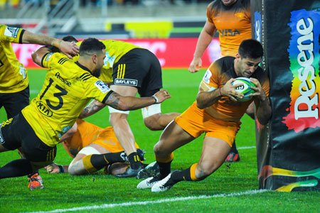#SuperRugby #HURvJAG - @JaguaresARG consiguió un triunfo histórico ante @Hurricanesrugby y va por más. Lee el comentario sobre el inolvidable triunfo del equipo argentino en Wellington ingresando a nuestra web. http://www.rugbychampagneweb.com/2019/05/17/super-rugby-jaguares-consiguio-un-triunfo-historico-ante-hurricanes-y-va-por-mas/…