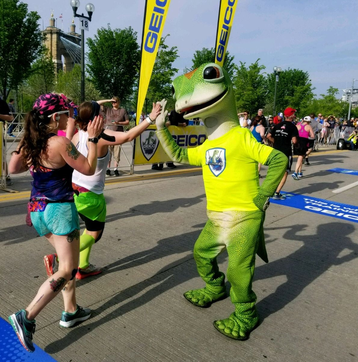 Conquering the hills of the @AlaskaAir @BaytoBreakers might be hard, but saving 15% or more on your car insurance could be easy! Stop by the @GEICO booth at the @Orig3n Orig3n Health & Wellness Expo for your chance to win a free prize!