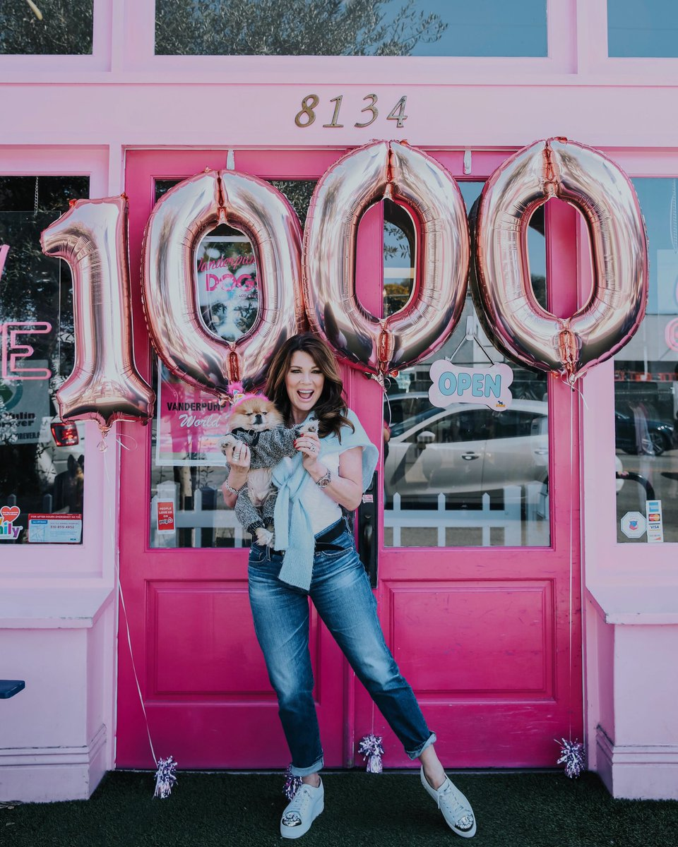 So thrilled that we @vanderpumpdogs have officially adopted 1,000 dogs to their furever homes! It's been an incredible journey, filled with heartwarming stories & so much love. Thank you to our generous & giving team & everyone who has supported our mission! #1000rescues