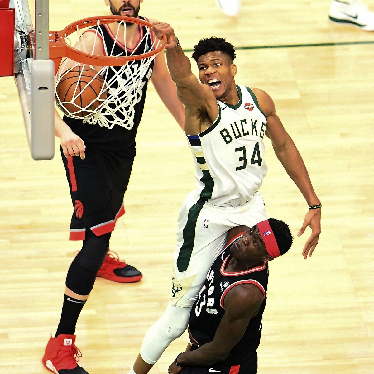 The MVP dominated in the WIN: 30 PTS   17 REB   5 AST   2 BLK   1 STL   50% FG #FearTheDeer