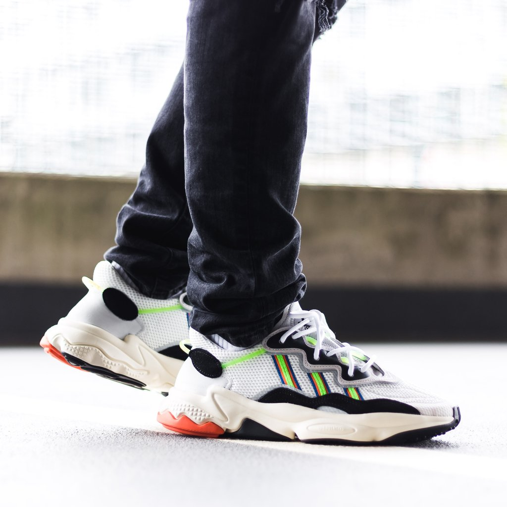 pretty nice 76a04 c284a ...  sneakers  adidaspic.twitter.com P0XlgnKc4d