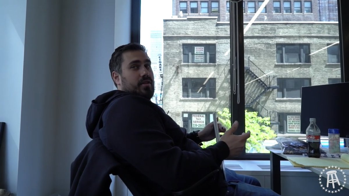 @BarstoolBigCat solid desk flex with just diet coke and tums