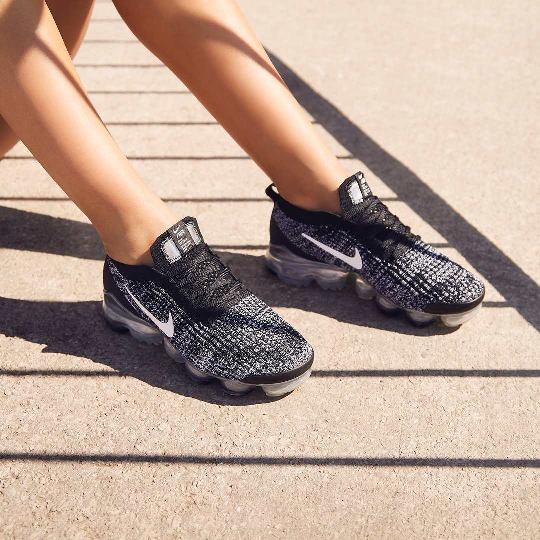7a92ba6258 up in the air get weekend ready in the women s nike vapormax flyknit 3 oreo