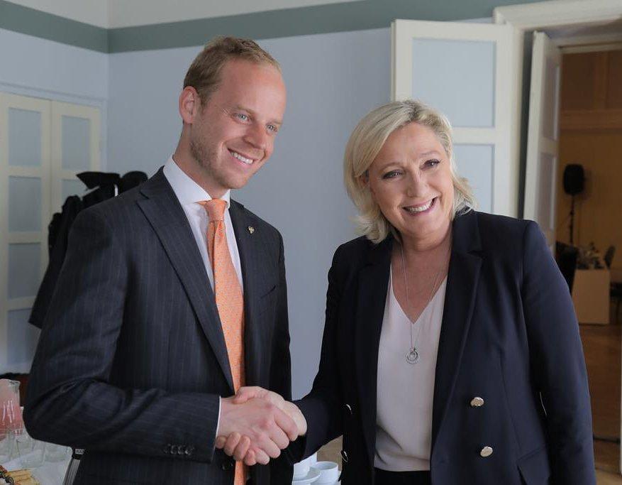 Alternativ för 🇸🇪 Sverige's photo on Le Pen