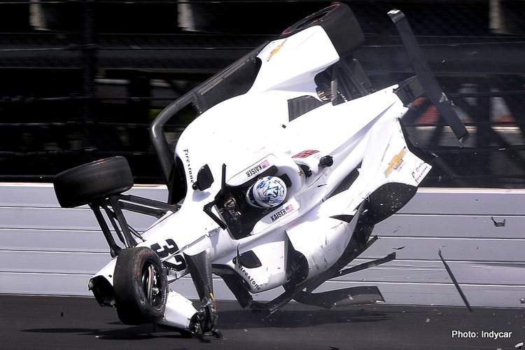 Indy 500 Practice: Another day, another crash  https://www.grandprix247.com/2019/05/18/indy-500-practice-another-day-another-crash/… #F1 #F12019 #motorsport #racing #MsportXtra #F1testing #barcelona