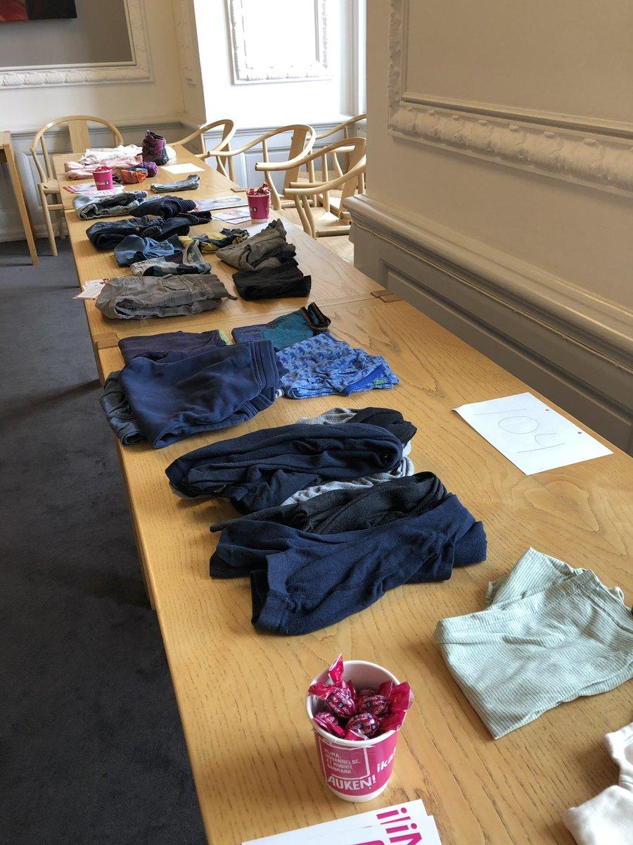 cca04914 Snup lidt tøj med og kom til Portvagten på Christiansborg (der er også lidt  til de voksne). Børn er velkomne.