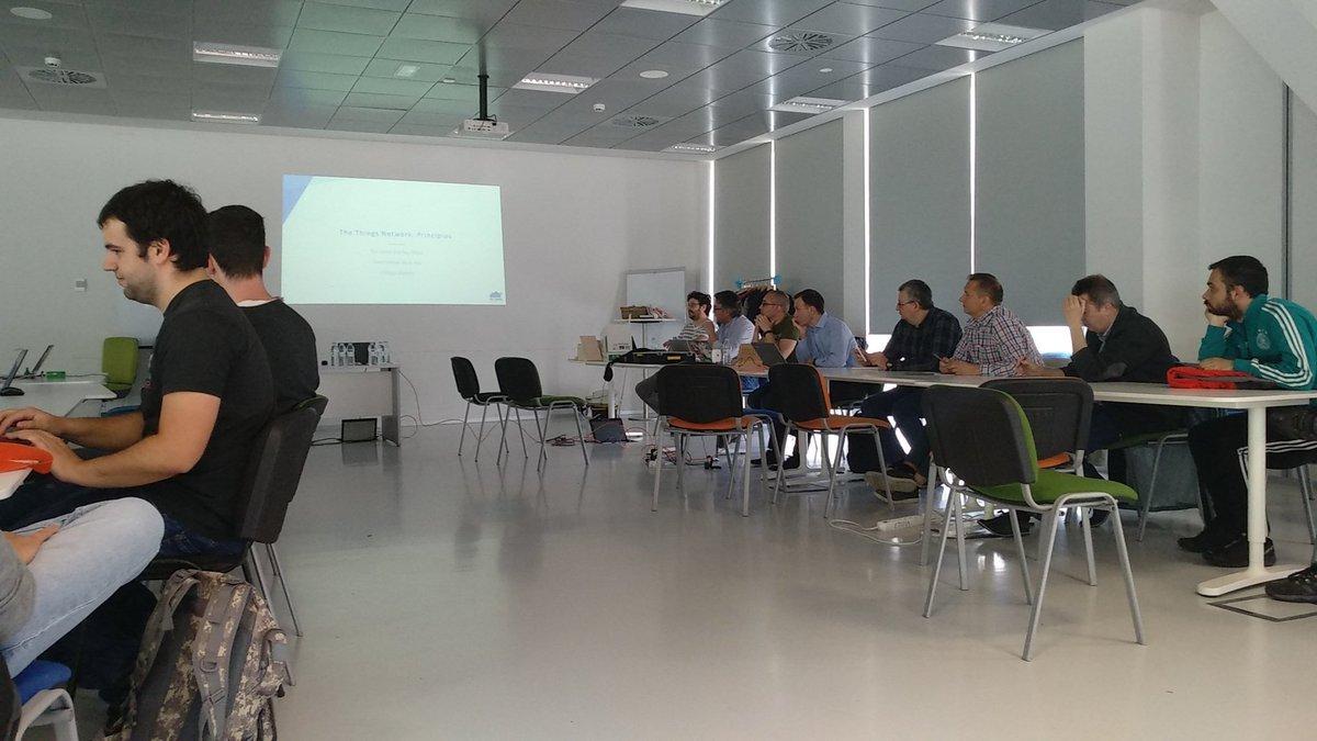 RT @EA2BB: Comenzamos con @TtnZgz en @etopia_  buena gente y proyecto chulo. #IoT #Arduino #LoRaWAN  #Zaragoza https://t.co/2QRN8rG0T5