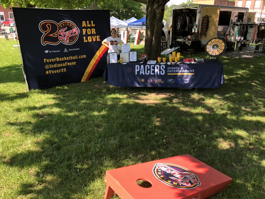 #20Towns20Seasons tour has arrived in Hope and Columbus area! We are ready for #SmokeOnTheSquare Bartholomew Cty BBQ Cook-off on #HopeTownSquare! #Fever20 | #AllForLove | @IndianaFever | #WNBA   @FreddyFever takes on cornhole challengers at 11am!