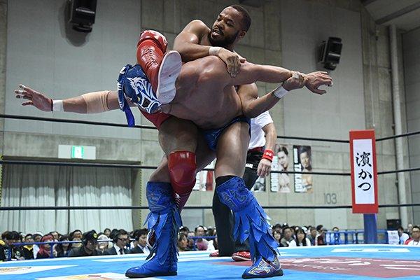 """NJPW: """"Best of the Super Jr. 26"""" Días 5 y 6 Dragon Lee y Bandido suman 6"""