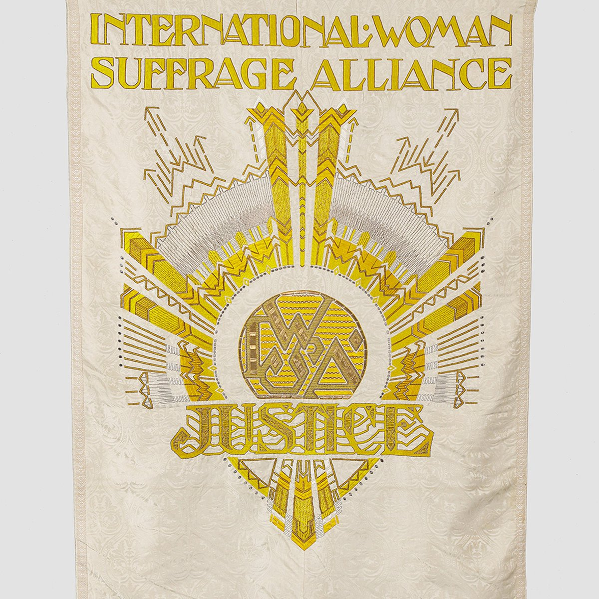 Struggle! 100 Years of Womens Suffrage. Five of the most interesting items in the exhibition – dezeen.com/2019/05/17/wom… (via @dezeen)