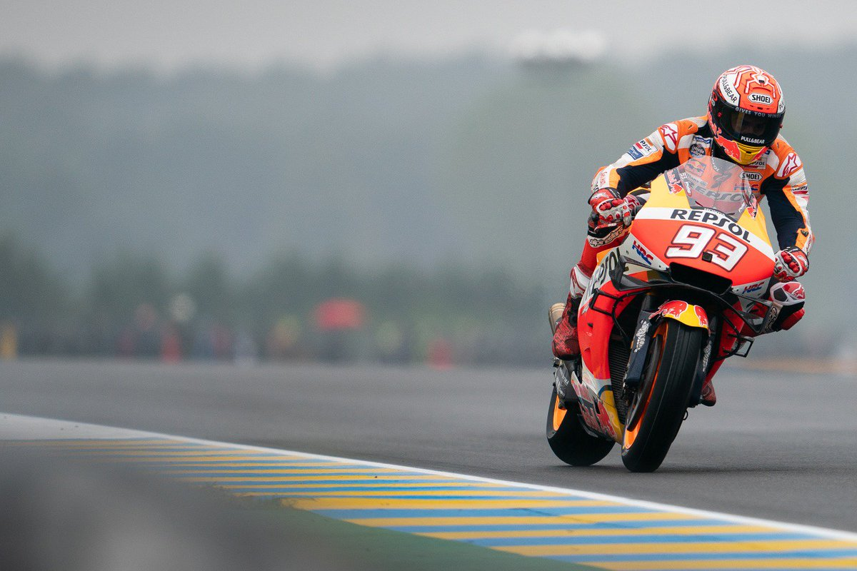 One more time! #MM93 grabs pole #55! #FrenchGP  📸 @HRC_MotoGP