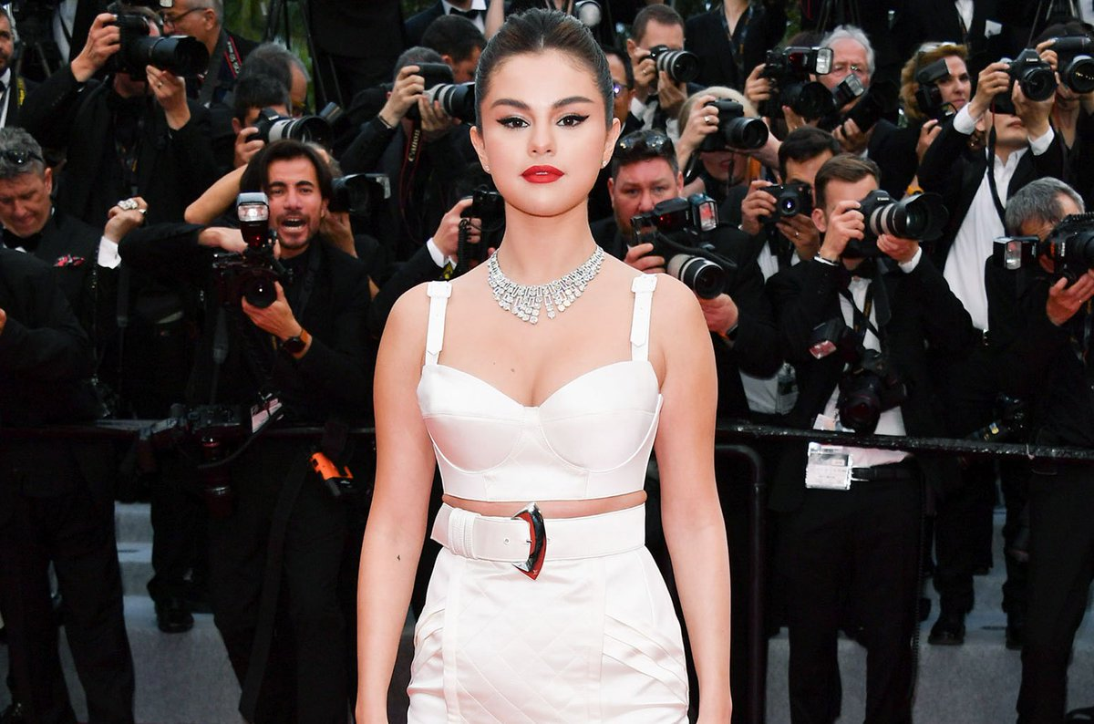 Singer & actress #SelenaGomez raves about her first #Cannes experience & jokes she's 'getting married' to Bill Murray https://blbrd.cm/B7p7AJ