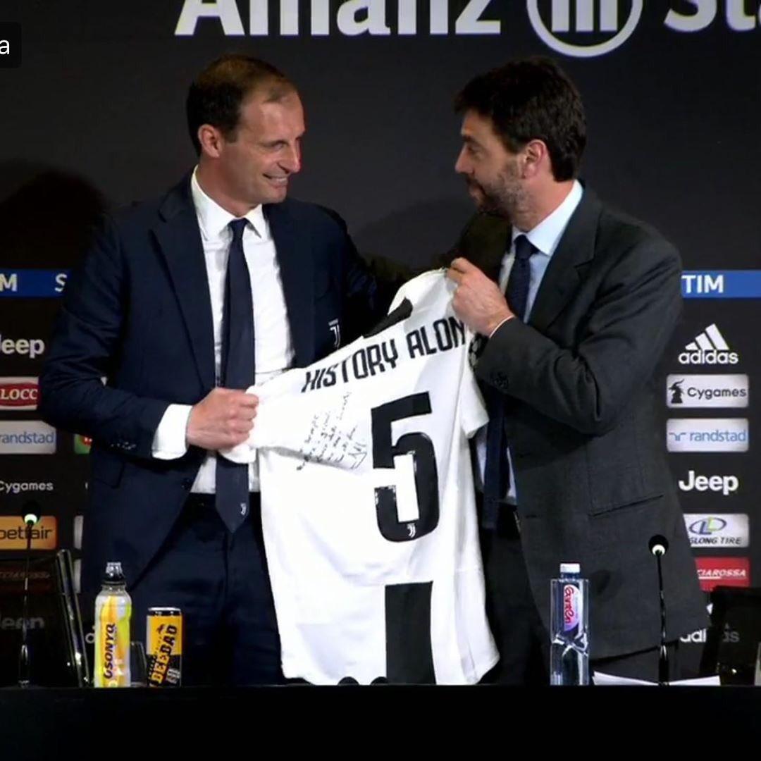 Around Turin's photo on #Juventus