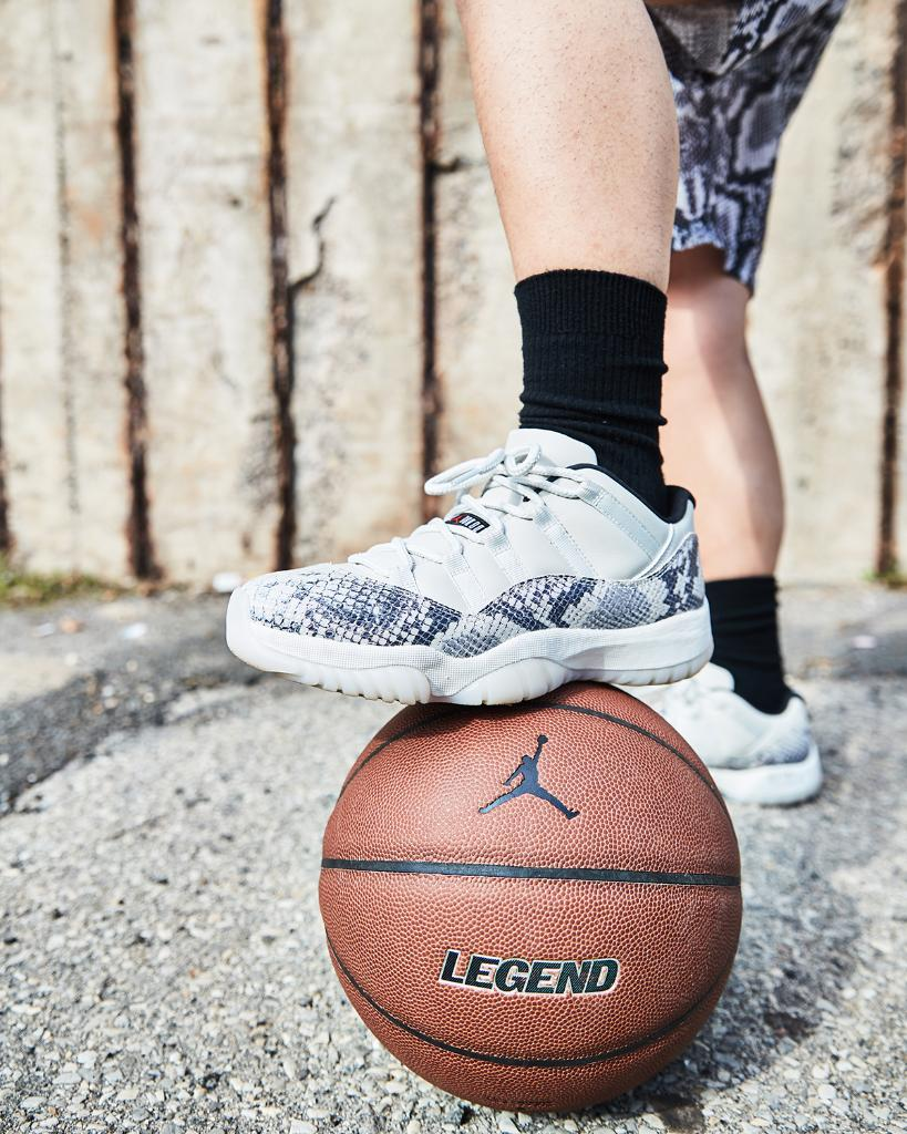 6f7470659a9a  Jordan Retro 11 Low Snakeskin  Light Bone  Available Now