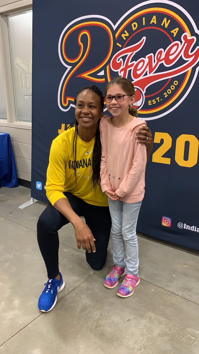 We are at Finch Creek Fieldhouse in Noblesville with @Catchin24! Stop by and meet her in person from 10am-11am! #20Towns20Seasons #AllForLove