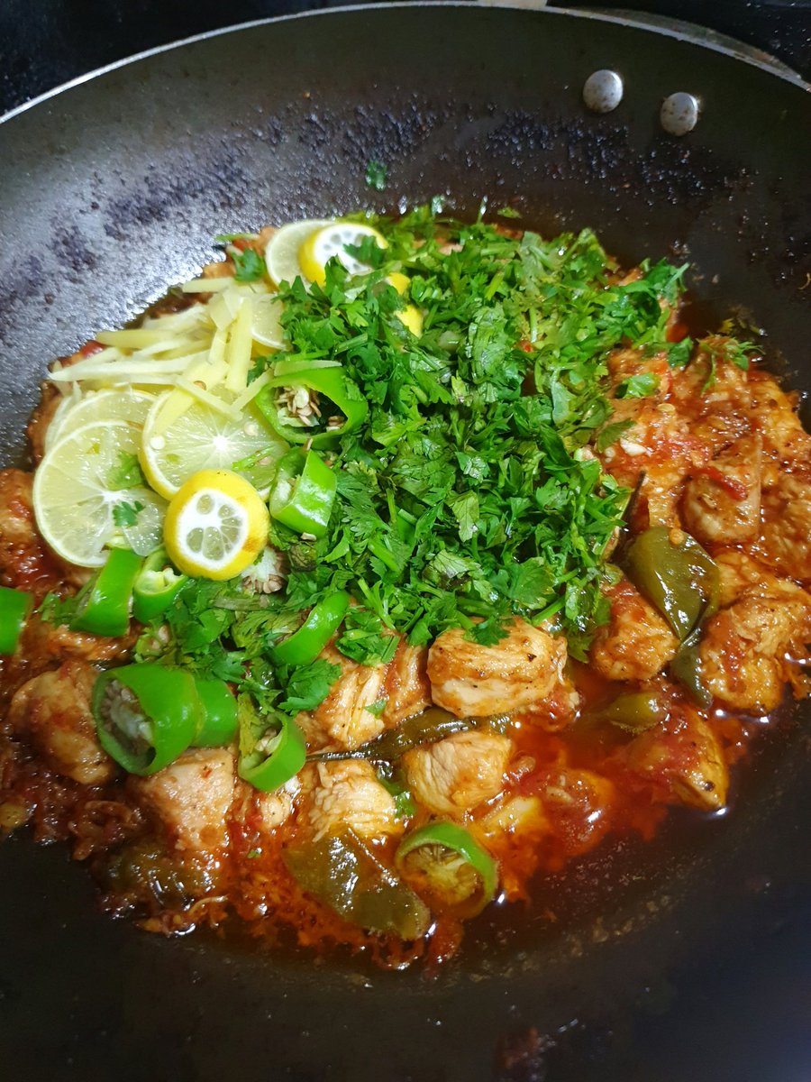 Late night food cravings and cooking therapy - #ChickenKarahi