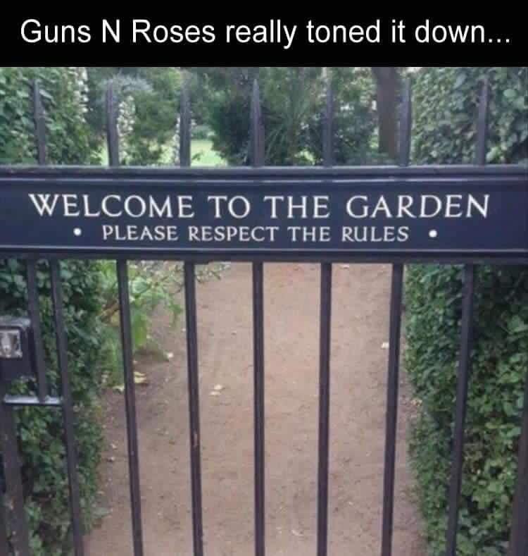 The kinder, gentler Axl Rose. #gunsnroses #axlrose<br>http://pic.twitter.com/Zppycnv3KD