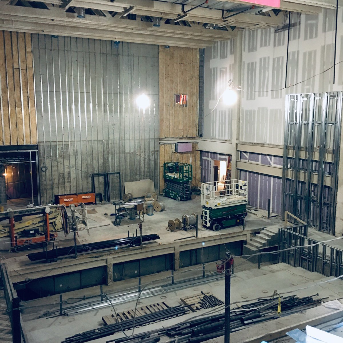 Theater and music 🎶 spaces taking shape at <a target='_blank' href='http://search.twitter.com/search?q=TheHeightsBuilding'><a target='_blank' href='https://twitter.com/hashtag/TheHeightsBuilding?src=hash'>#TheHeightsBuilding</a></a> providing great opportunities for <a target='_blank' href='http://twitter.com/APSArts'>@APSArts</a> and community use.   <a target='_blank' href='http://search.twitter.com/search?q=LoveHB'><a target='_blank' href='https://twitter.com/hashtag/LoveHB?src=hash'>#LoveHB</a></a> <a target='_blank' href='http://twitter.com/HBWProgram'>@HBWProgram</a> <a target='_blank' href='http://twitter.com/StratfordKG'>@StratfordKG</a> <a target='_blank' href='http://search.twitter.com/search?q=WilsonSite'><a target='_blank' href='https://twitter.com/hashtag/WilsonSite?src=hash'>#WilsonSite</a></a> <a target='_blank' href='http://twitter.com/RosslynVA'>@RosslynVA</a> <a target='_blank' href='https://t.co/6qVLRuIIHl'>https://t.co/6qVLRuIIHl</a>