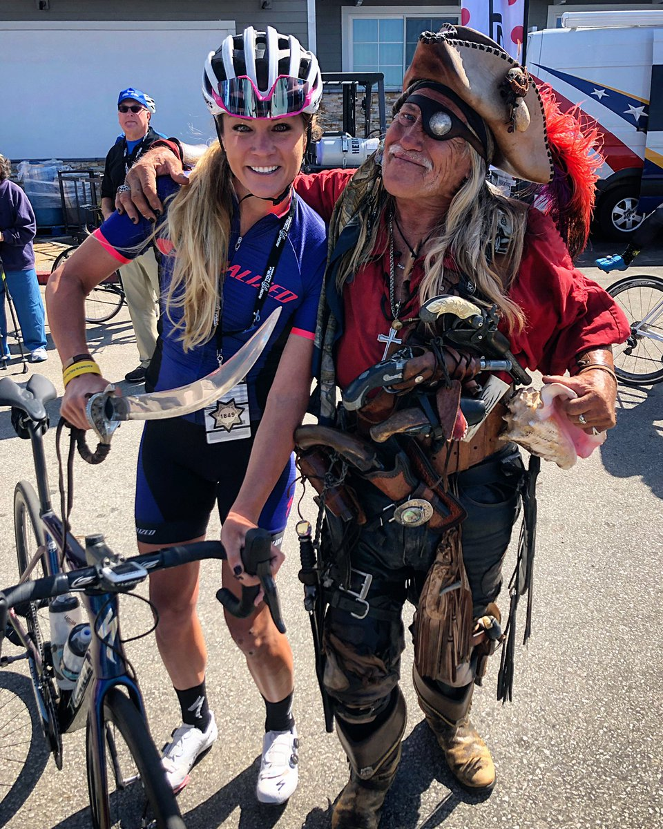 I have a sword too, you know. And I think mine is bigger! 👸🏼 Ahoy! I have my 🏴☠️ from @Gravel_Worlds. It's been a 🌪 of a week, but I love the energy and community around the @amgentoc. Bikes are alive and well here. Last day today and it will be a good one! #AmgenTOC