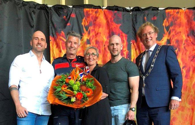 Koninklijke Onderscheiding bij de brandweer https://t.co/w5oRp14cwi https://t.co/uxEFqjF1nZ