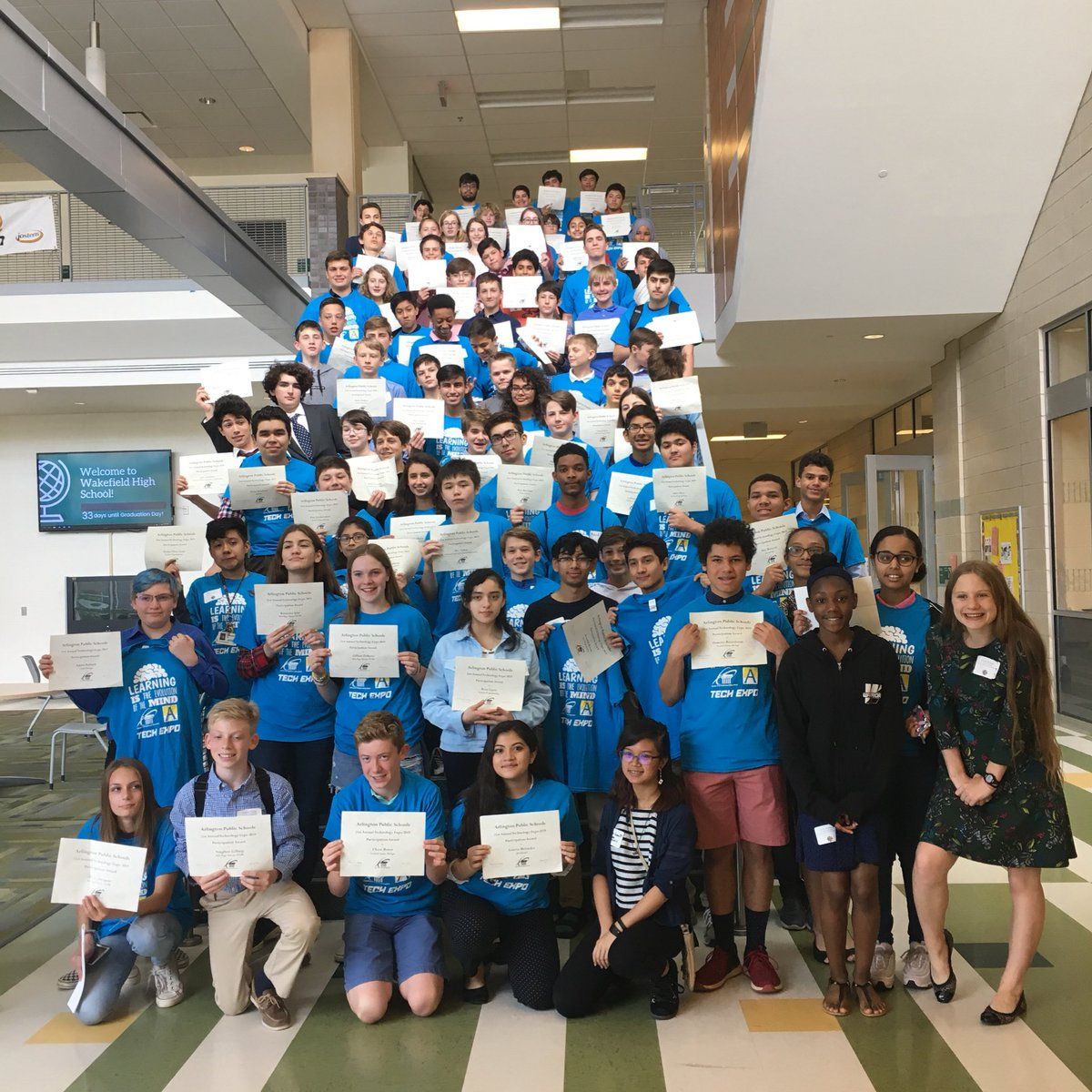 So many of talented <a target='_blank' href='http://twitter.com/APSVirginia'>@APSVirginia</a> students here today at the Annual <a target='_blank' href='http://search.twitter.com/search?q=Tech'><a target='_blank' href='https://twitter.com/hashtag/Tech?src=hash'>#Tech</a></a> Expo <a target='_blank' href='http://twitter.com/APS_STEM'>@APS_STEM</a> <a target='_blank' href='http://twitter.com/APSCTAE'>@APSCTAE</a> <a target='_blank' href='http://search.twitter.com/search?q=STEMeducation'><a target='_blank' href='https://twitter.com/hashtag/STEMeducation?src=hash'>#STEMeducation</a></a> <a target='_blank' href='http://search.twitter.com/search?q=STEMStrong'><a target='_blank' href='https://twitter.com/hashtag/STEMStrong?src=hash'>#STEMStrong</a></a> <a target='_blank' href='https://t.co/8aFRGzL3kv'>https://t.co/8aFRGzL3kv</a>