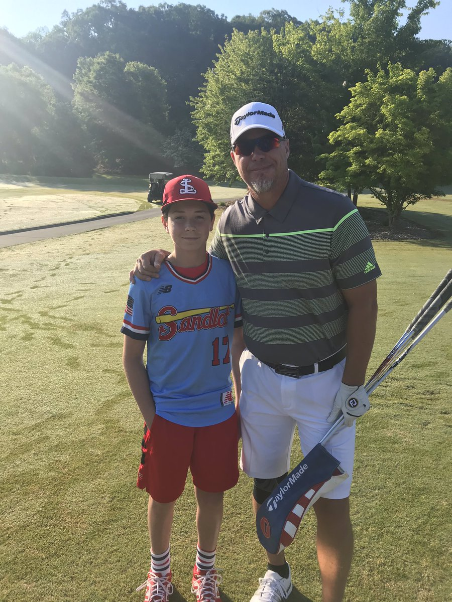 What an Honor for Harper to meet one of his baseball idols and 2018 Hall of Famer -  #10 Chipper Jones  @RealCJ10 @baseballhall @Braves   #CrazyTrain
