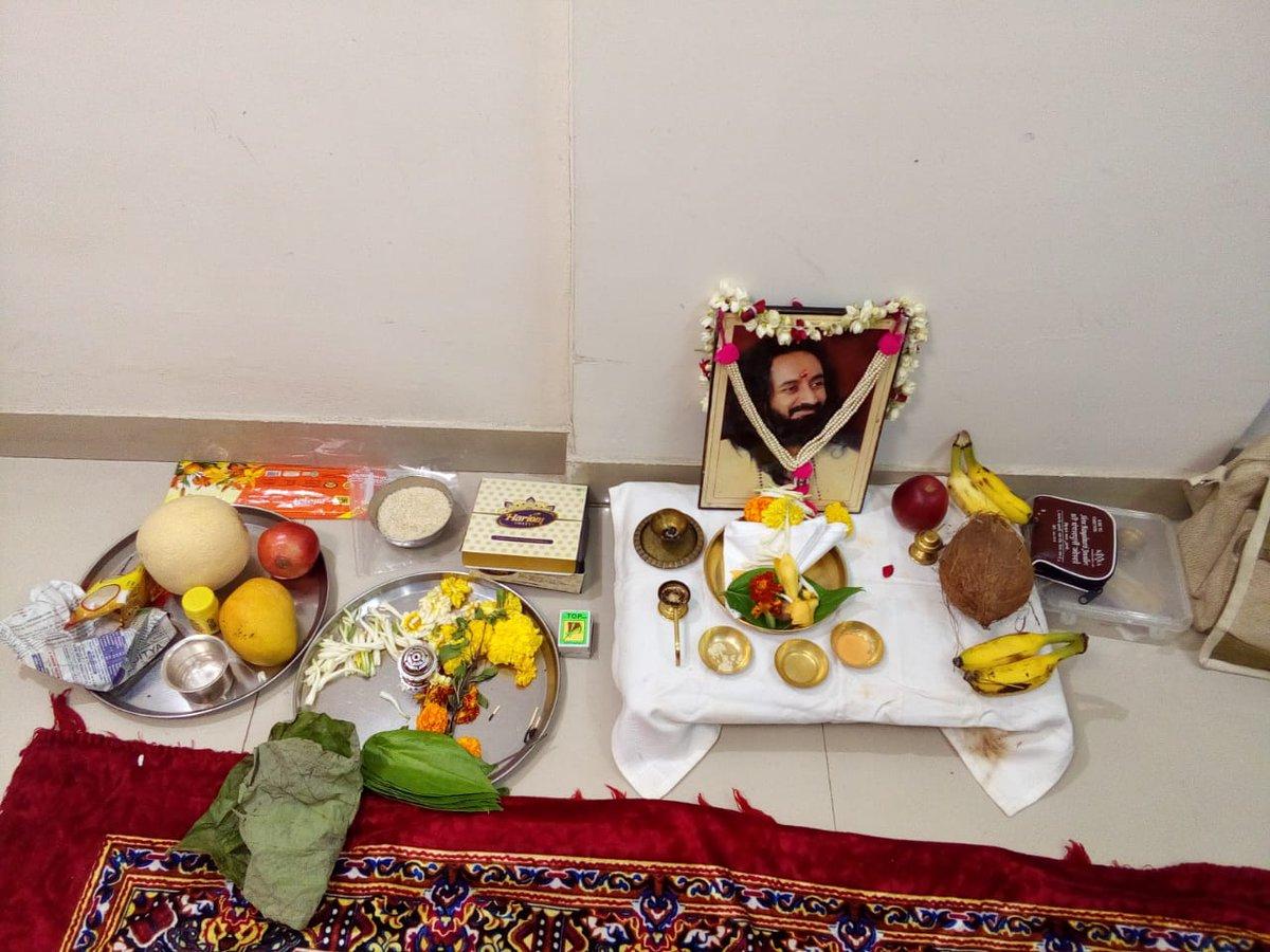 @SriSri We did Gurupuja, Satsang & meditation on this #BuddhaPurnima Jai Gurudev https://t.co/FpAK9J7qZ9