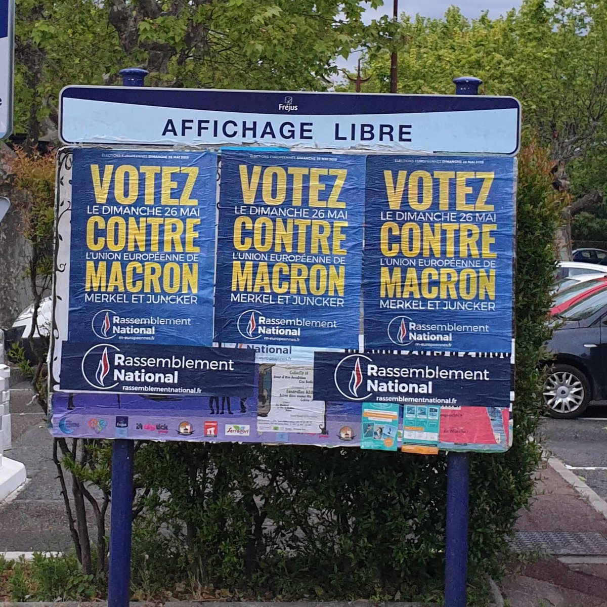ON LACHE RIEN ! #Frejus #OnArrive #Européennes2019 #AvecBardella <br>http://pic.twitter.com/IqWUh2BUCf
