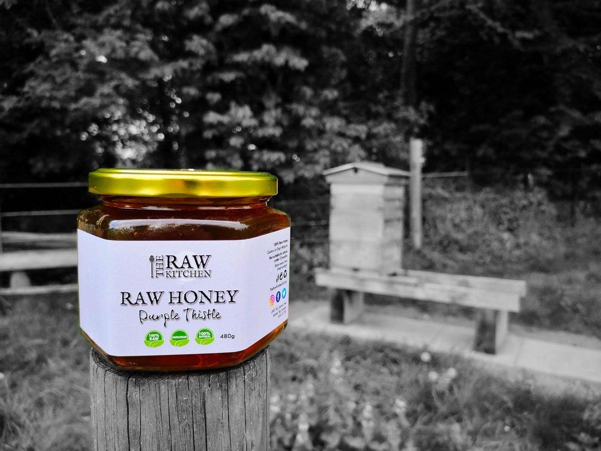 Feeling right at home! 🐝🍯   #rawhoney #instayum #naturalhealing #healthyalternative #bees #naturalremedies #healing #healthylifestyle #unfiltered #unpasteurised #honey #superfood #foodbeast #foodiegram #healthyfood #rawfood #foodmedicine #bees #nutrition #sweet #rawfoodrecipes