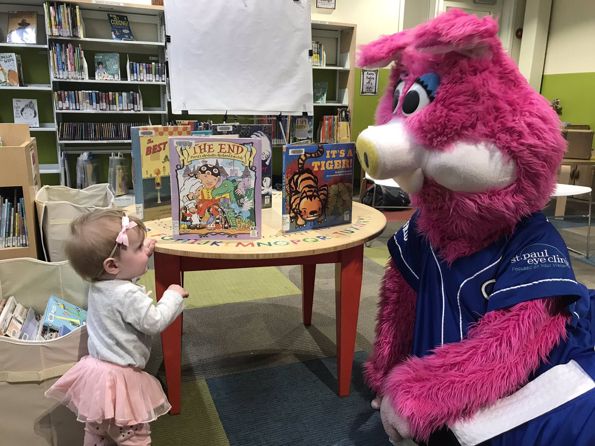 We had so much fun at the Reading Tree with David LaRochelle, the @StPaulSaints and the @stpaullibrary!