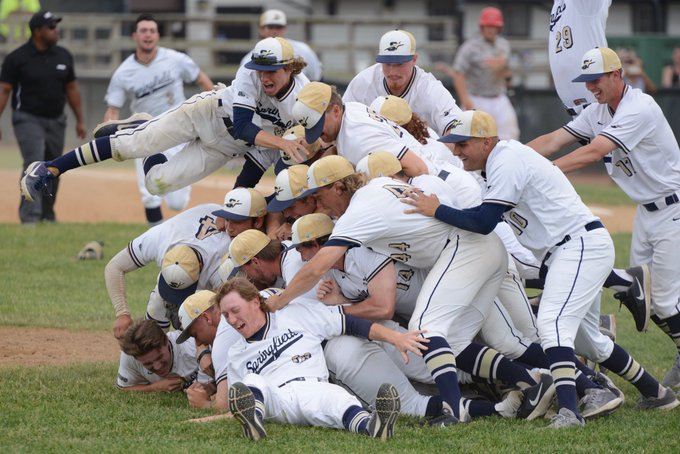Congrats to the @Baseball_UIS team who is headed to the NCAA Midwest Super Regional following today's 11-5 win over Drury! For more information on the Super Regional, visit https://t.co/gU7EyqK6uy! #StarBoys #ProtectThePrairie @UISAthletics https://t.co/lwmCusTP48