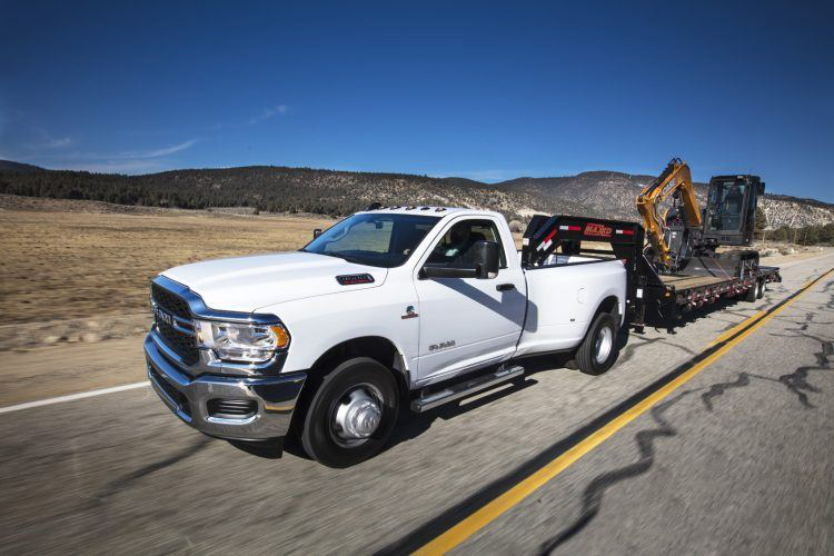 """""""Even with its luxurious treatments, the 2019 @RamTrucks Heavy Duty is aimed at those who need to haul stuff to and from a work site."""" https://bit.ly/2uMlPZL"""