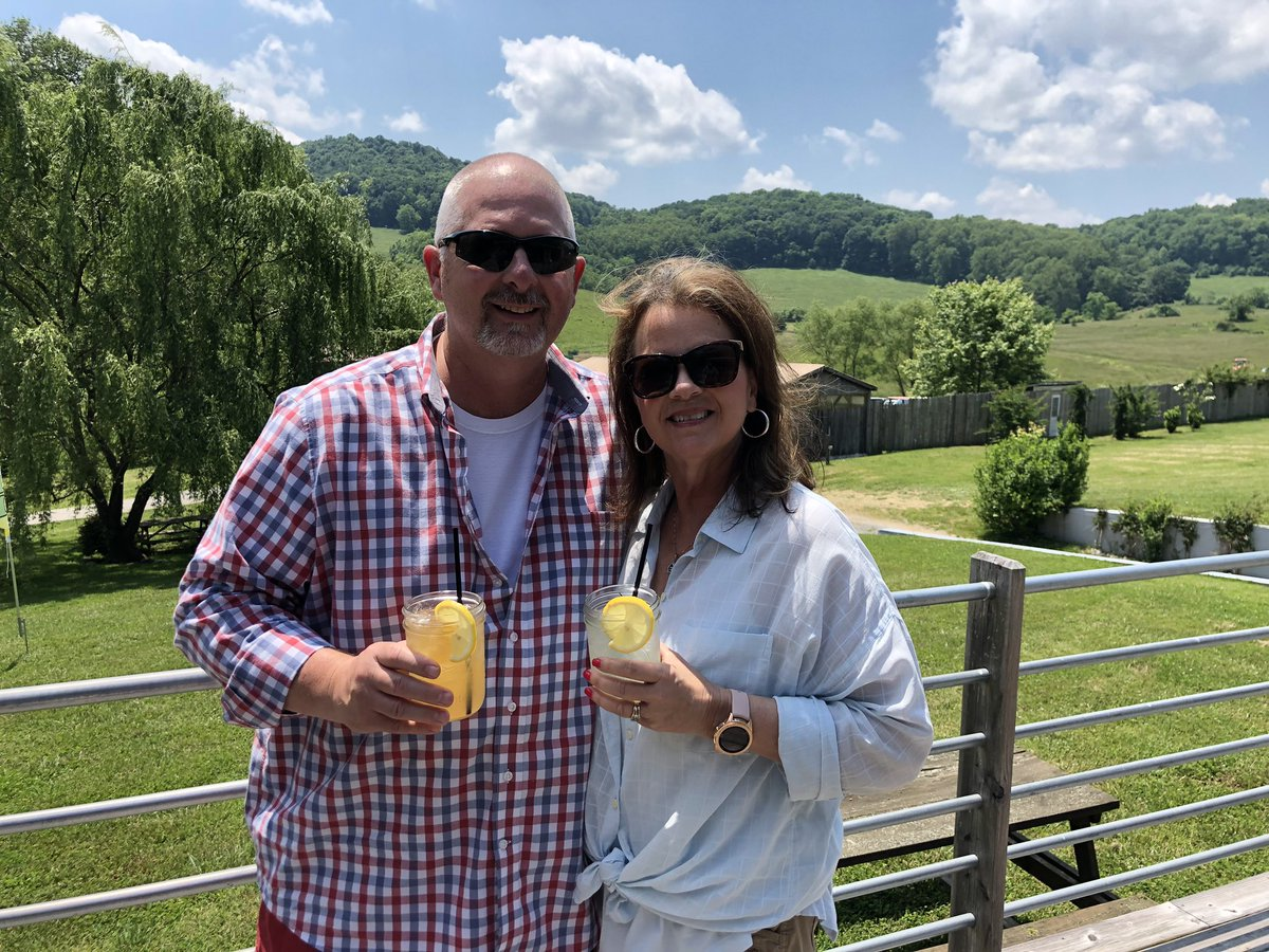 What a great day at Short Mountain Distillery #SaturdayFunDay <br>http://pic.twitter.com/H6XuIoiDIO