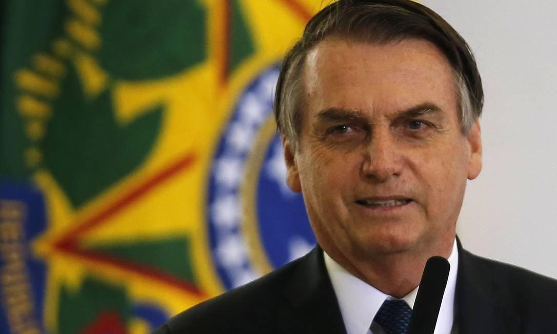 .@jairbolsonaro nega ter sancionado projeto que anistia multa a partidos. Apesar da declaração, presidente sancionou na sexta-feira texto que isenta as siglas por descumprimento de pontos da legislação eleitoral. http://glo.bo/2HoWGeE