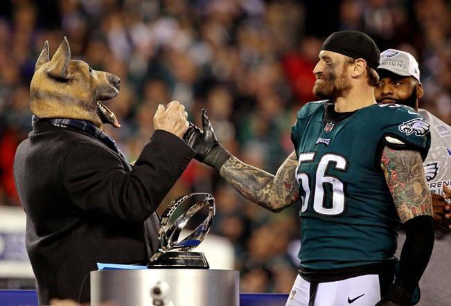 He helped bring us a ring. He embraced the Underdog mentality. He made an everlasting impact on our nation and our world. We couldn't be more proud to call Chris Long and Eagle and respect his decision. Thank you for everything, @JOEL9ONE!