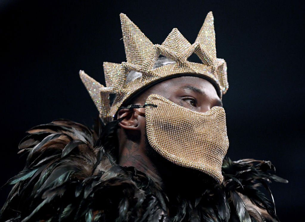Deontay Wilder has his hands wrapped and has just given his mask a dry run in the changing room.His ring walk is a few minutes away. Follow #WilderBreazeale live:https://bbc.in/2HsIDFe#bbcboxing