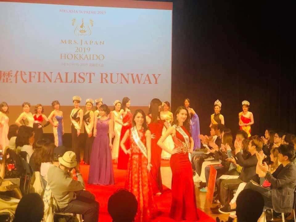 ミセスコンメンバーも華やかでしたよ😊💓  歴代ランウェイショーは、ミスコンメンバーとミセスコンメンバー一緒に✨  #ミスアースジャパン #ミセスジャパン