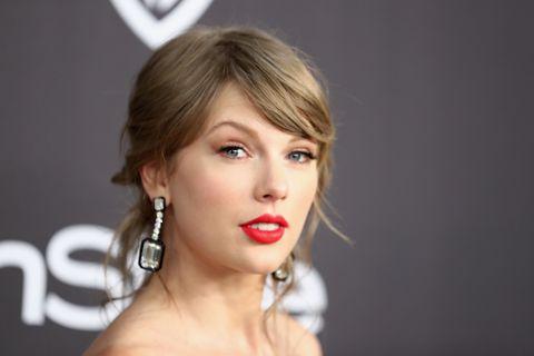 #News :Taylor irá se apresentar no The Voice na França próximo sábado! 😊🤗❤️ #TaylorSwift#Swifties#TheVoice #TSNBR #TaylorSwiftnbr #TS7 #MeOutNow #MEmusicvideo