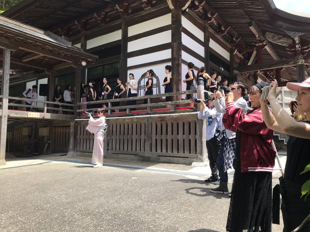 本日開催!ミセスジャパンまもなく始まります!弊社代表も着物でカメラ回してます📷 https://m.facebook.com/mrsjapan.chiba/ #omegane #ミセスジャパン