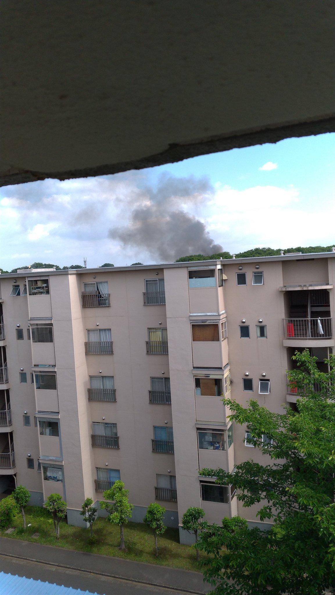 画像,家近く火事やんけ https://t.co/tYM3hYJAuL。