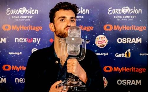 test Twitter Media - Duncan Laurence terug naar Nederland. #weekend #DuncanLaurence #EurovisionSongContest https://t.co/3rPoRQqRBm… https://t.co/1rQFMQhfQs