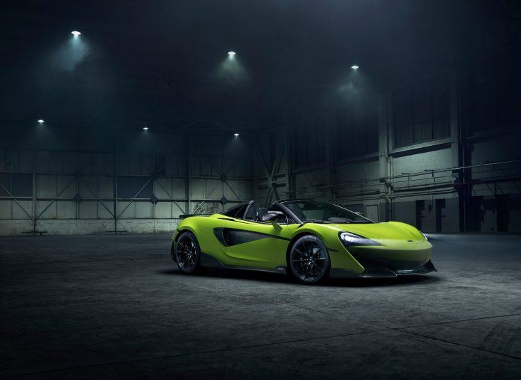"""Essentially, the Spider adds the """"exhilaration of open-air driving"""" when compared to the Coupé. That's a reserved and nice way of saying this thing can blow your hat off to the tune of 200 mph. @McLarenAuto http://ow.ly/zuvV50ugasy"""