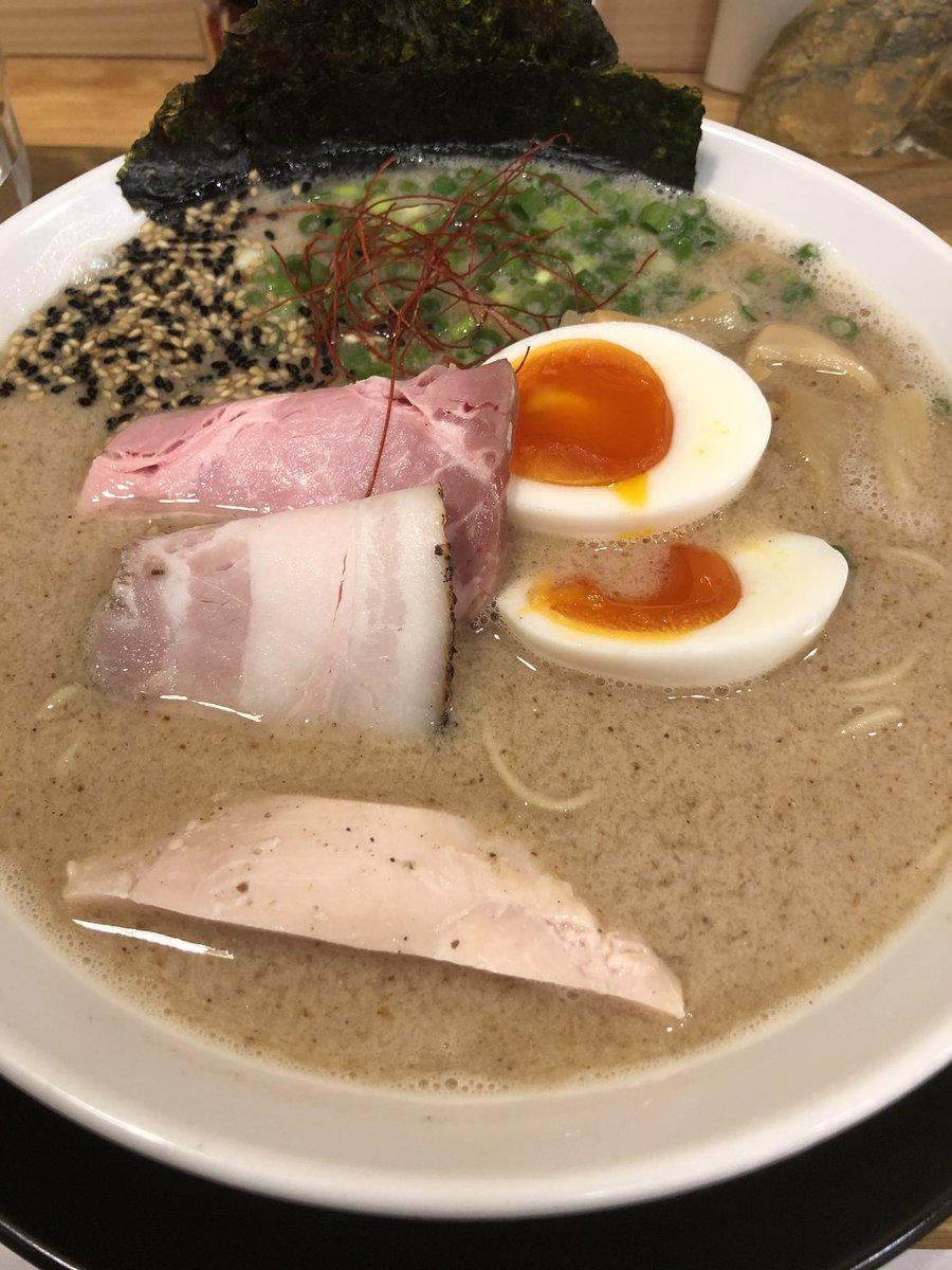 "Shinta.n2 on Twitter: ""半田市 麺屋さくら さくららーめん 和え玉 ..."