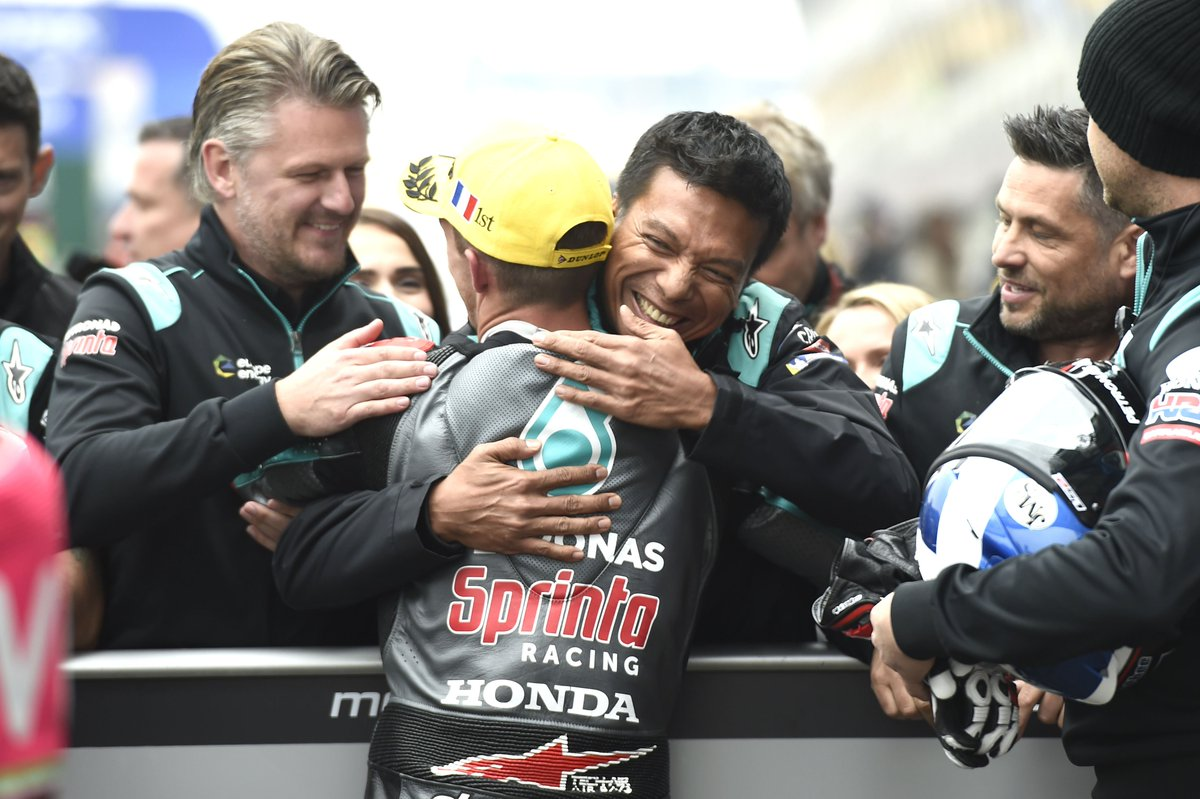 Whatever happens today, we will continue riding forward as one ☝#FrenchGP   #teamPETRONAS #PETRONASmotorsports #MotoGP